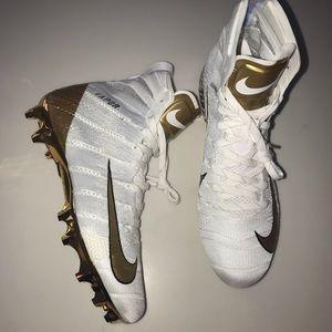 Mens Nike Vapor Untouchable Football Cleats White